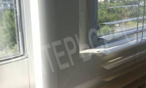 Жалюзи на алюминиевые раздвижные окна на балконе