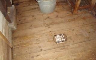 Слив воды в бане под пол